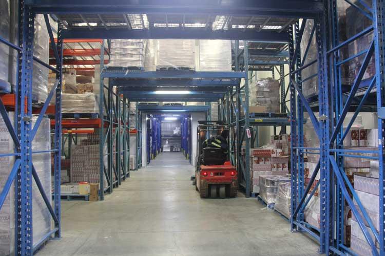Logistics fulfillment at frozen warehouse in Kent, WA